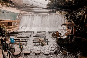 Villa-Escudero-Waterfalls-Restaurant-007